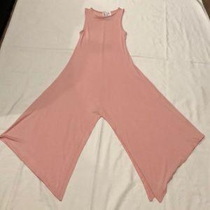Dresses & Skirts - Flare long dress w/split in front